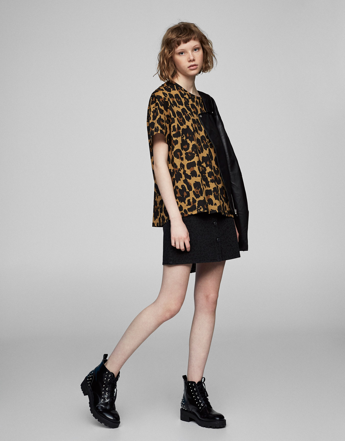 T-shirt com estampado de leopardo