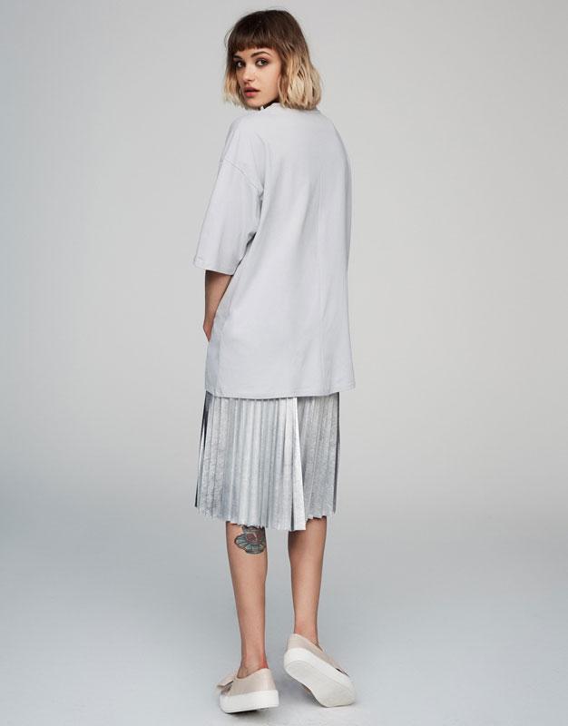 Velvet patch T-shirt