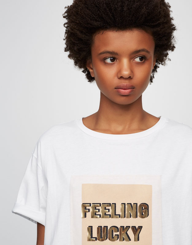Patch T-shirt with slogan