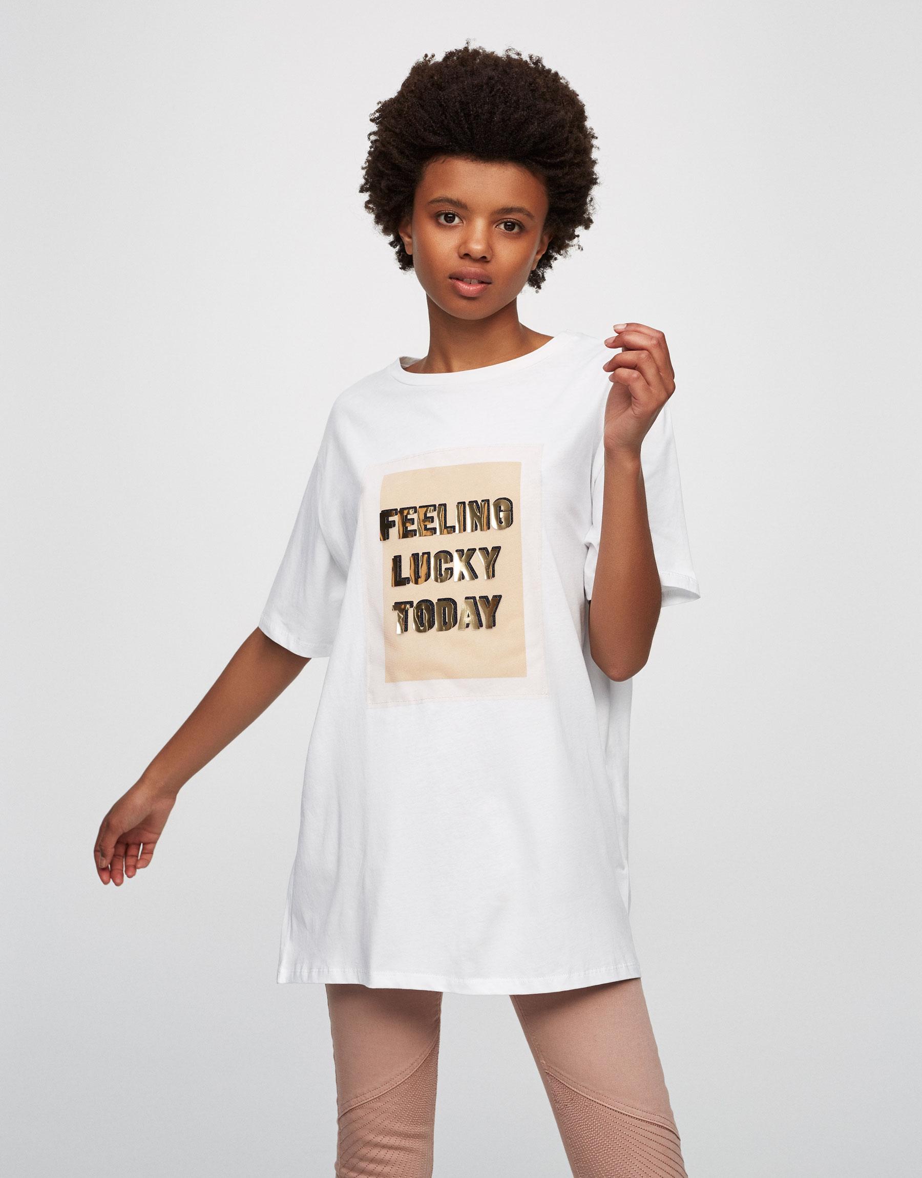 T-Shirt mit Schriftzug-Patch