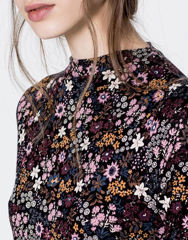 Floral print funnel collar dress