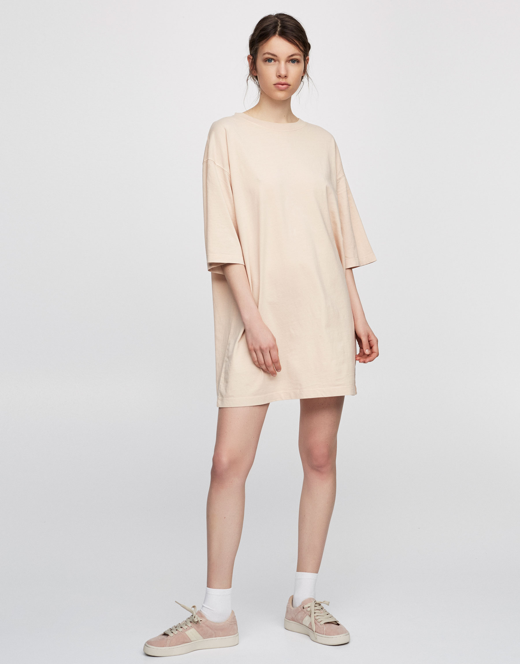 Basic dress with sleeves