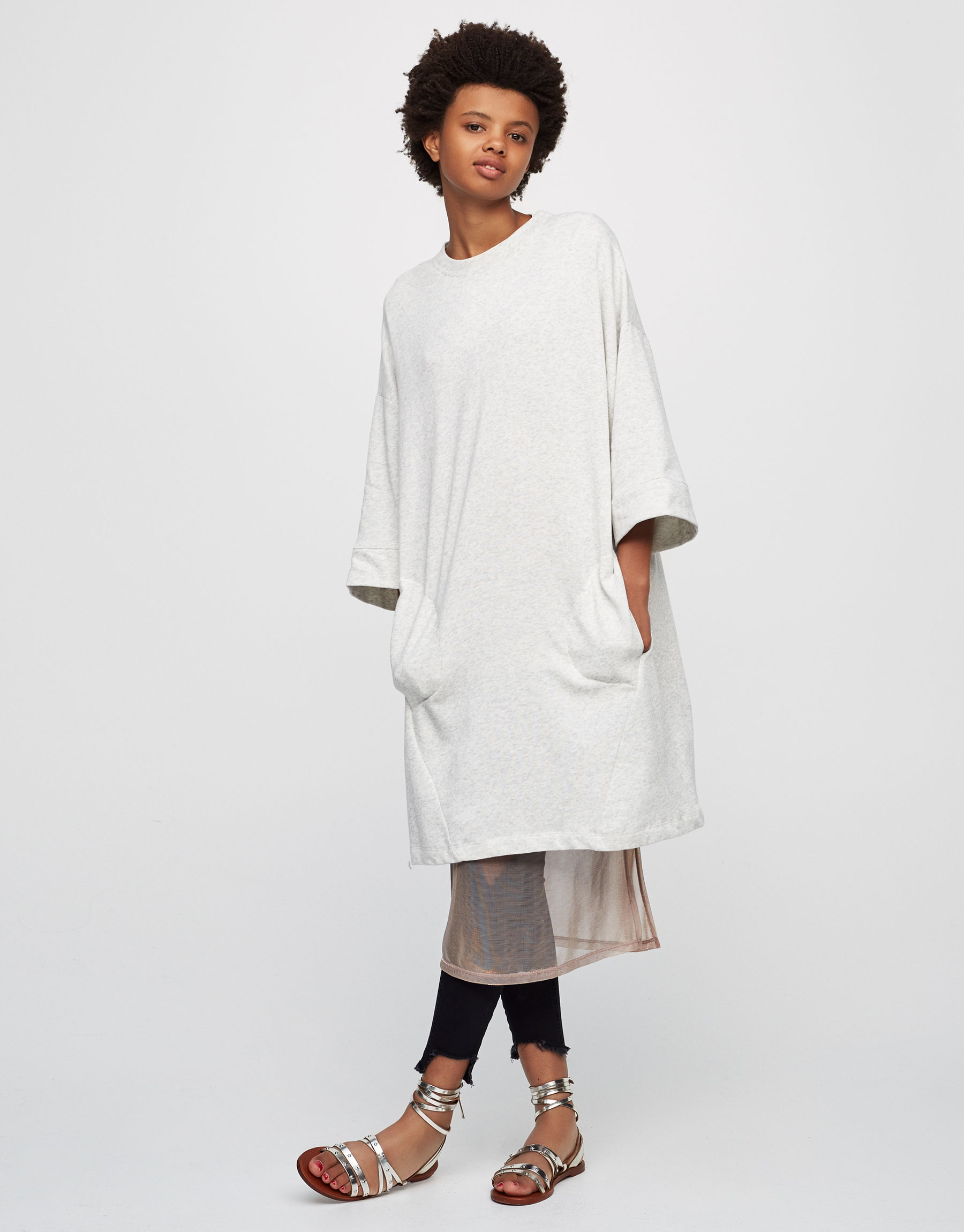 Oversized dress with pockets
