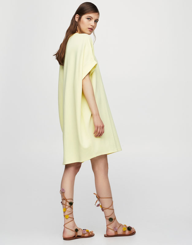 Cocoon dress with roll-up sleeves