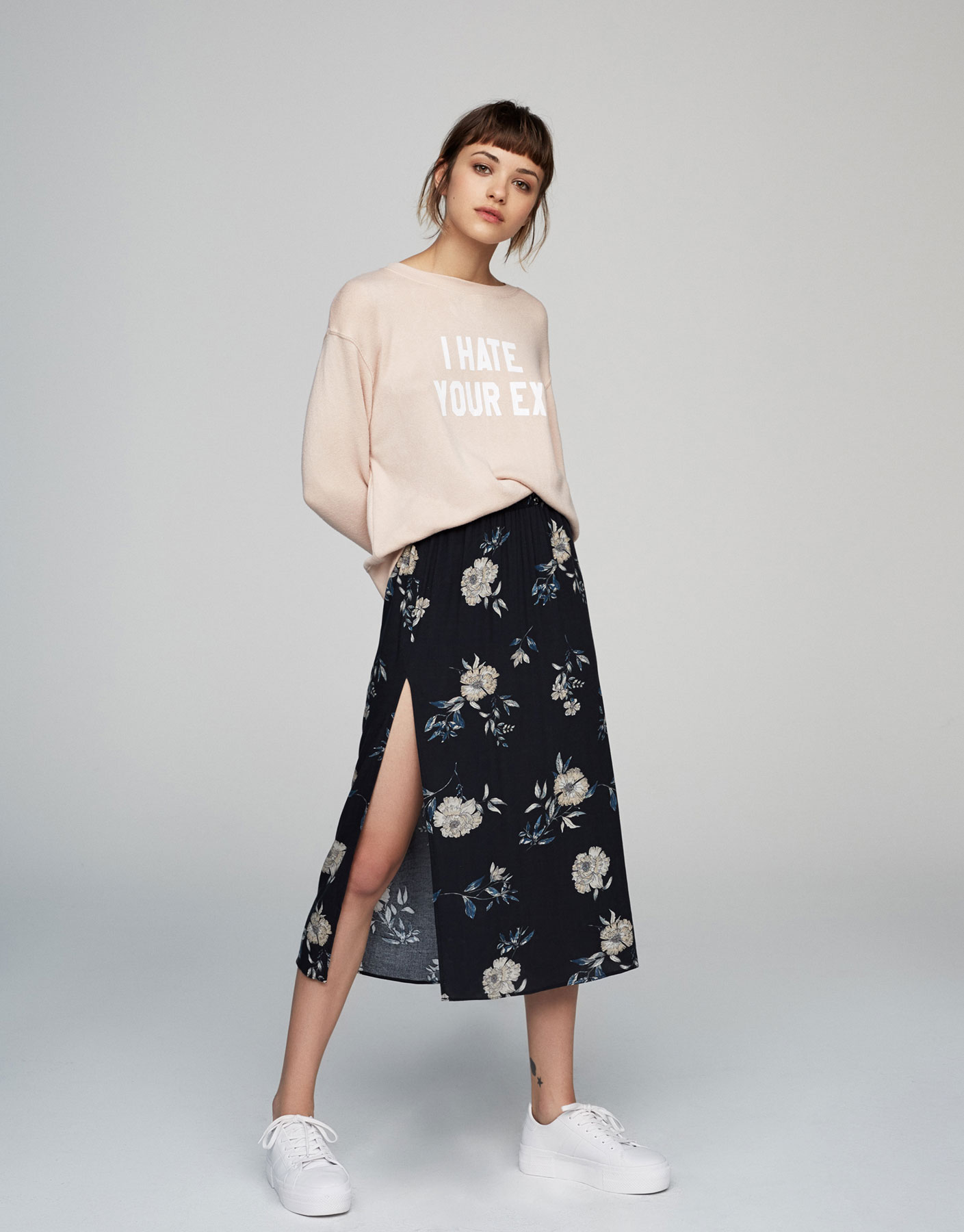 Floral skirt with side slit