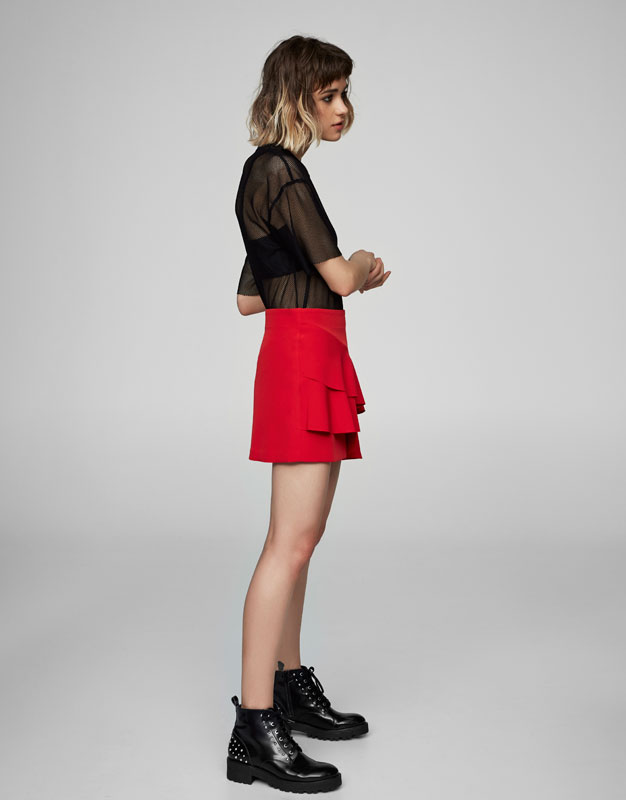 Elastic skirt with frills