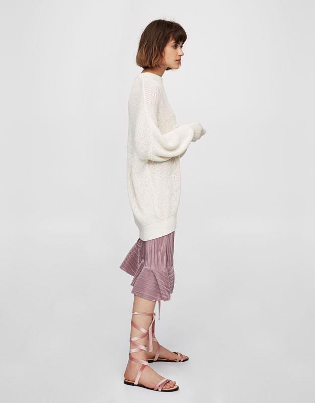 Falda plisada asimétrica