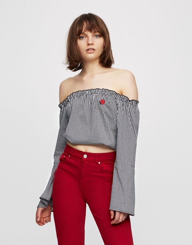 Flared sleeve cropped top