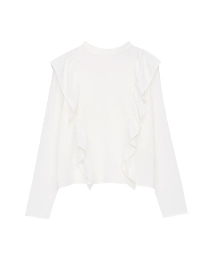 Ruffled raglan blouse