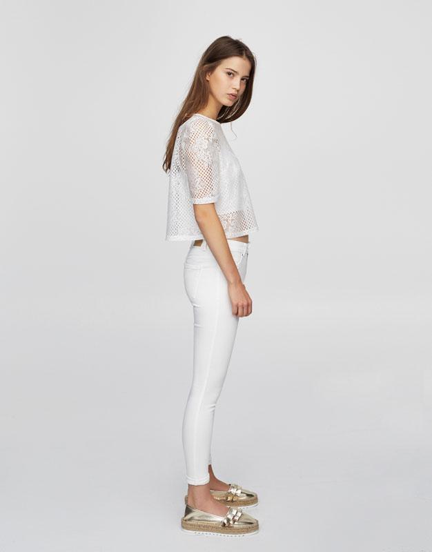Lace puff sleeve shirt