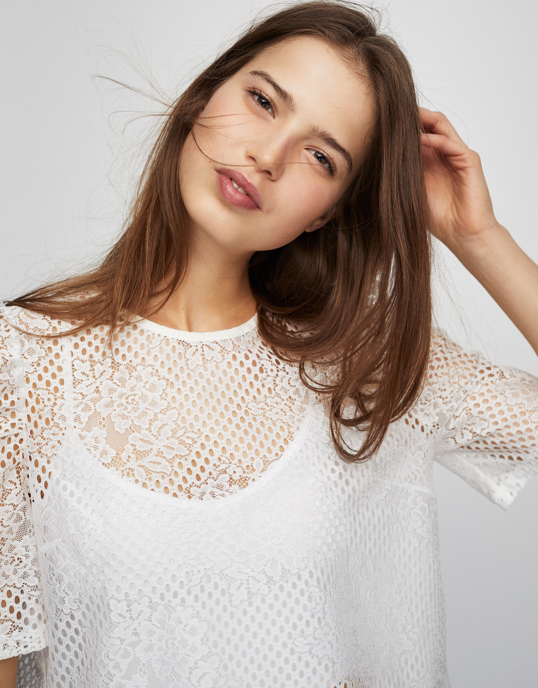 Lace puff sleeve shirt