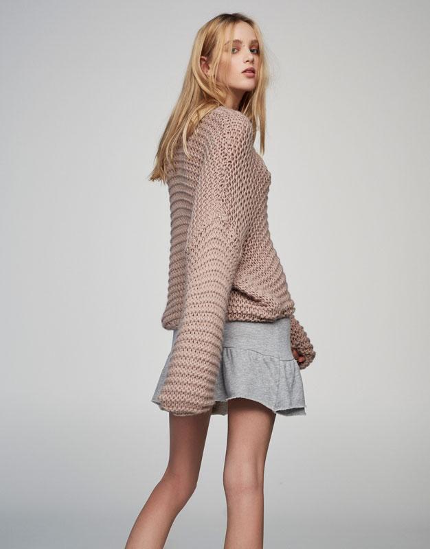 Full sleeve knit sweater