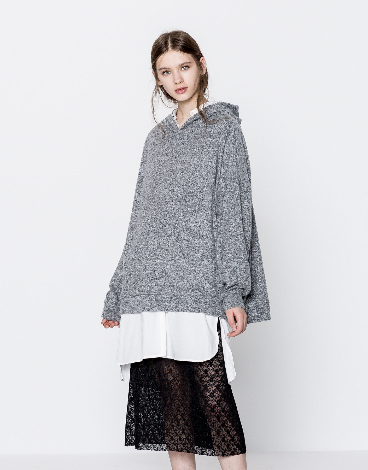 Hooded square-cut sweatshirt
