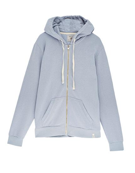 Basic zipped sweatshirt