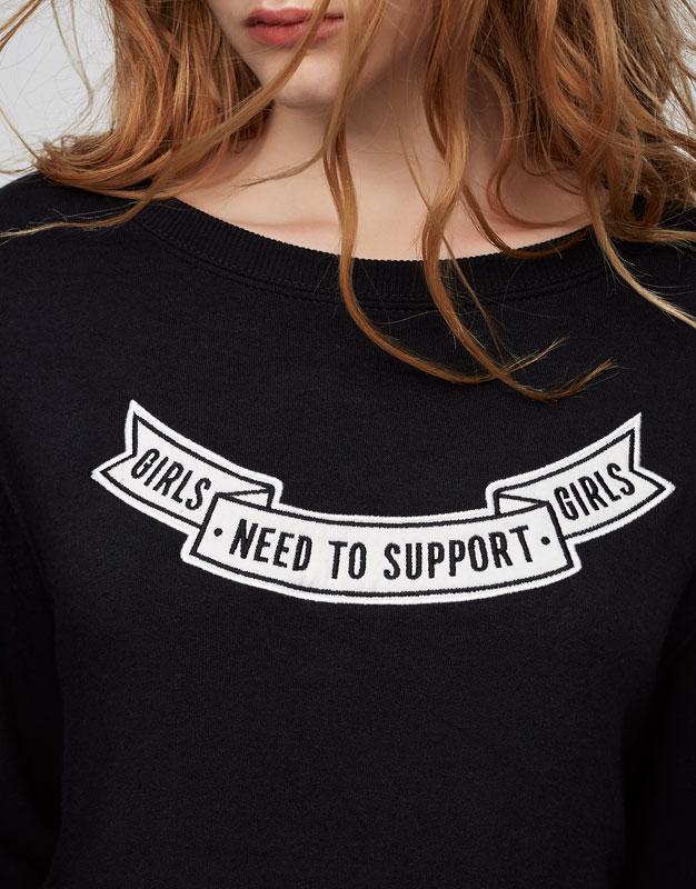 Sweatshirt with text