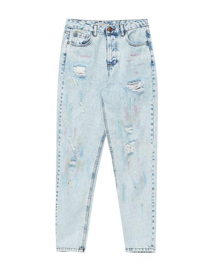 Mom-Fit-Jeans mit Schlitzen