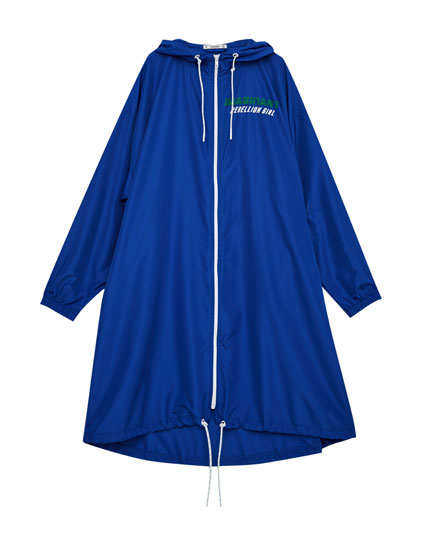 Sporty raincoat