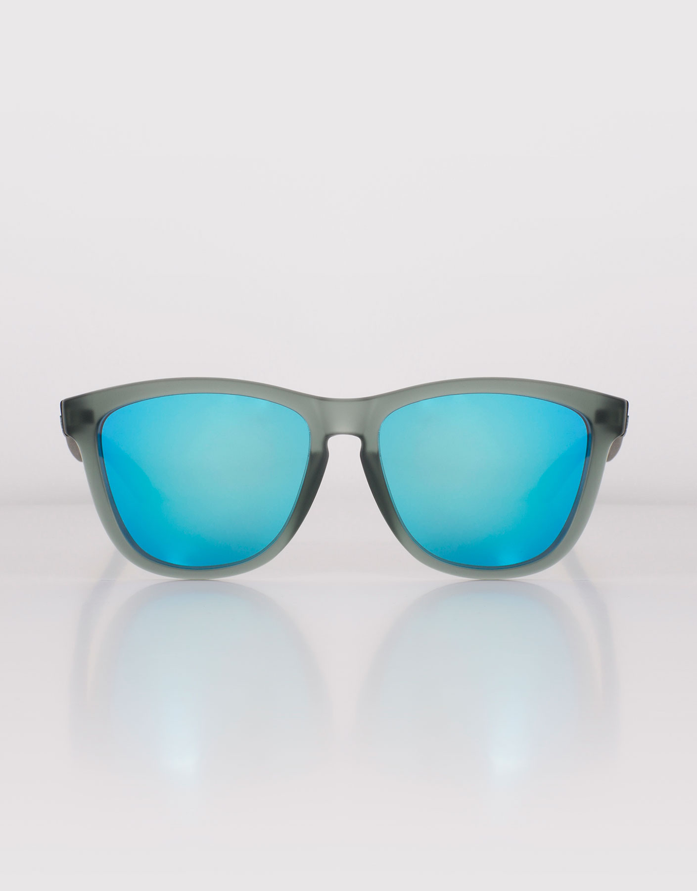 Frozen Grey Clear Blue One Hawkers Zonnebril