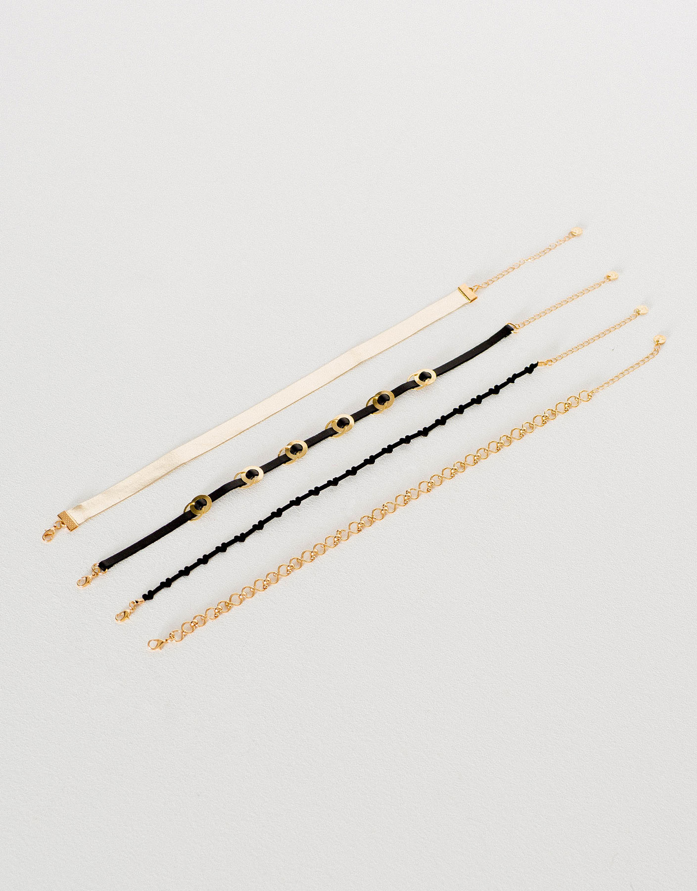 4-Pack of party chokers