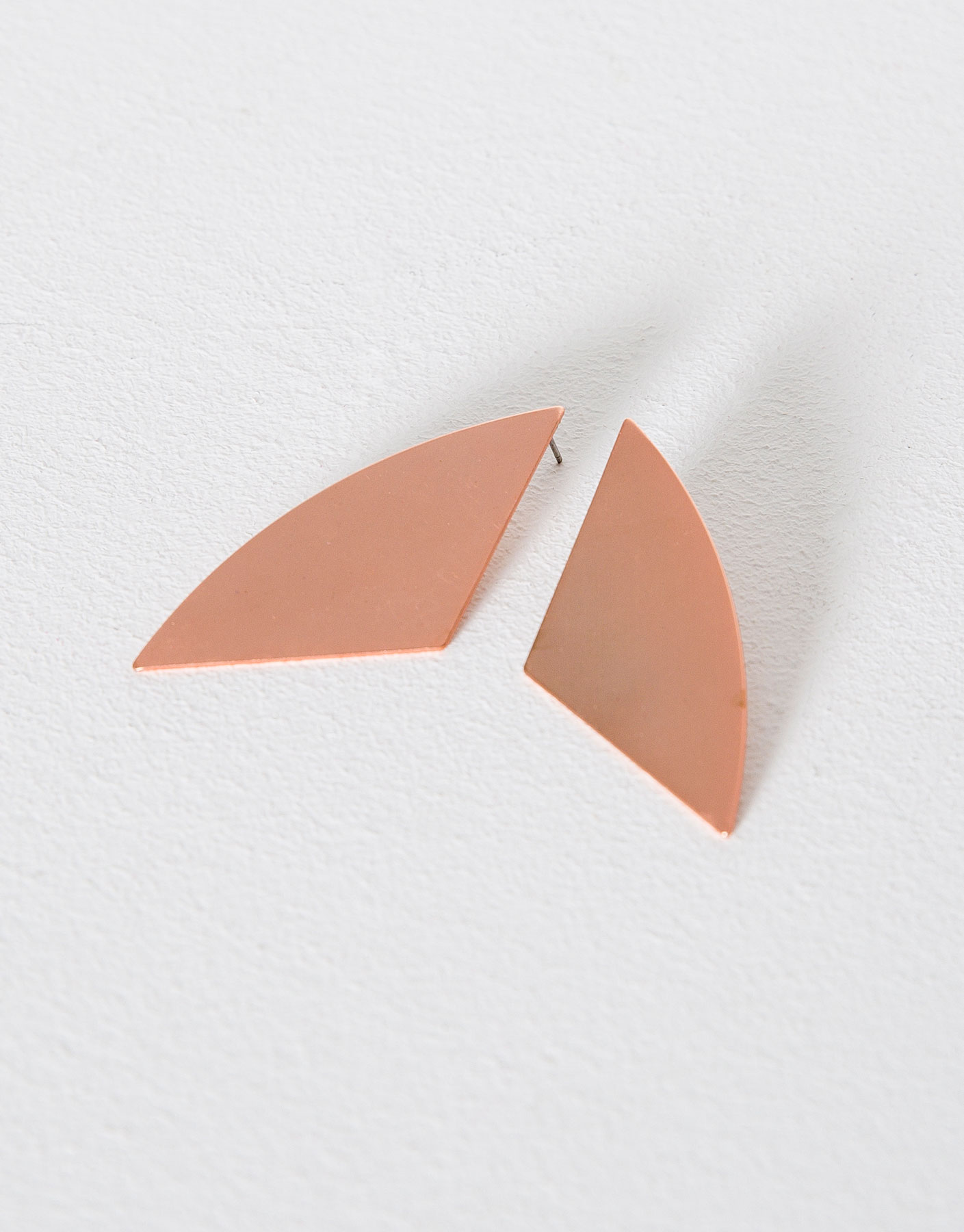 Flat geometric earrings
