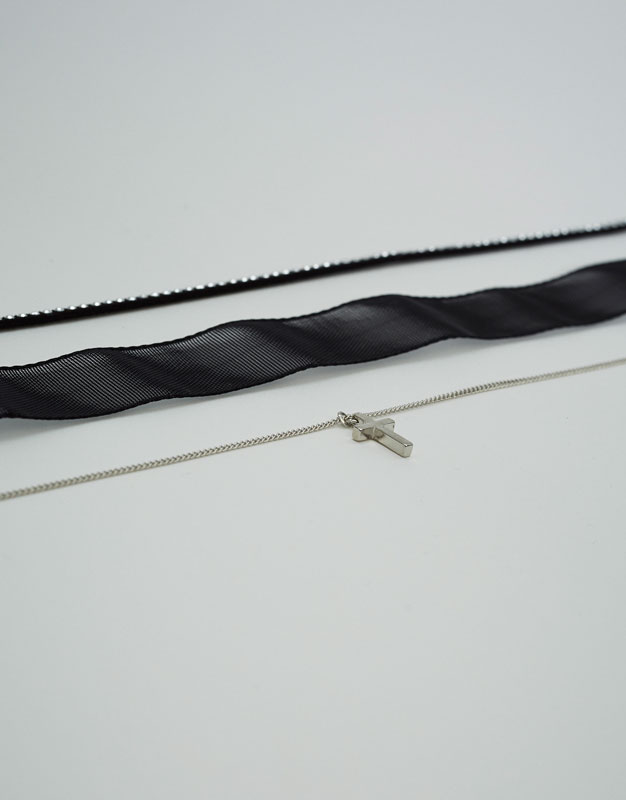 3-Pack of cross and chain chokers