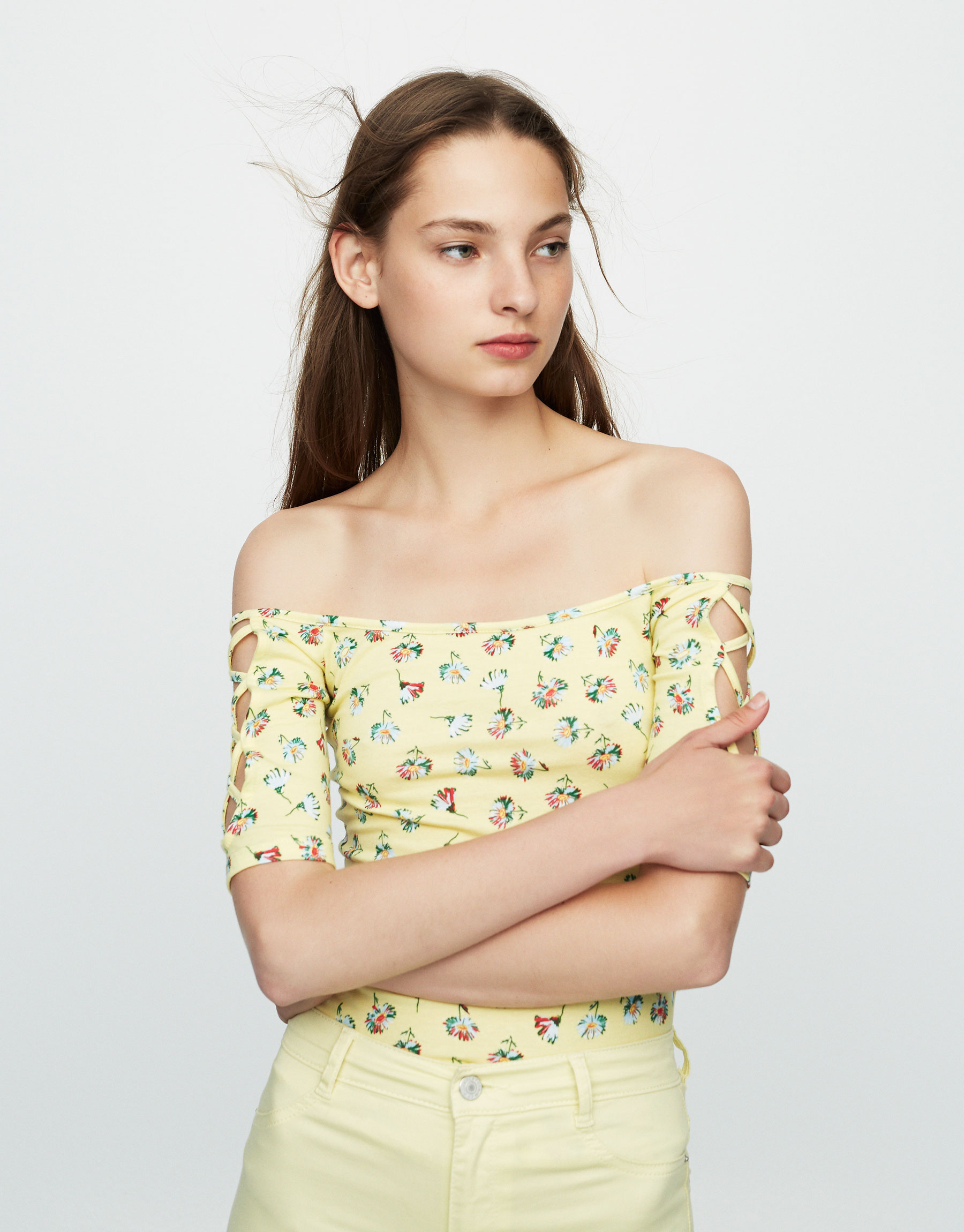 Printed T-shirt with corset-style sleeves