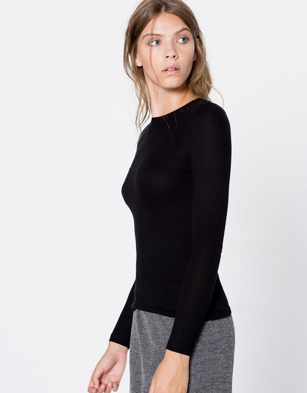 Basic long-sleeve t-shirt