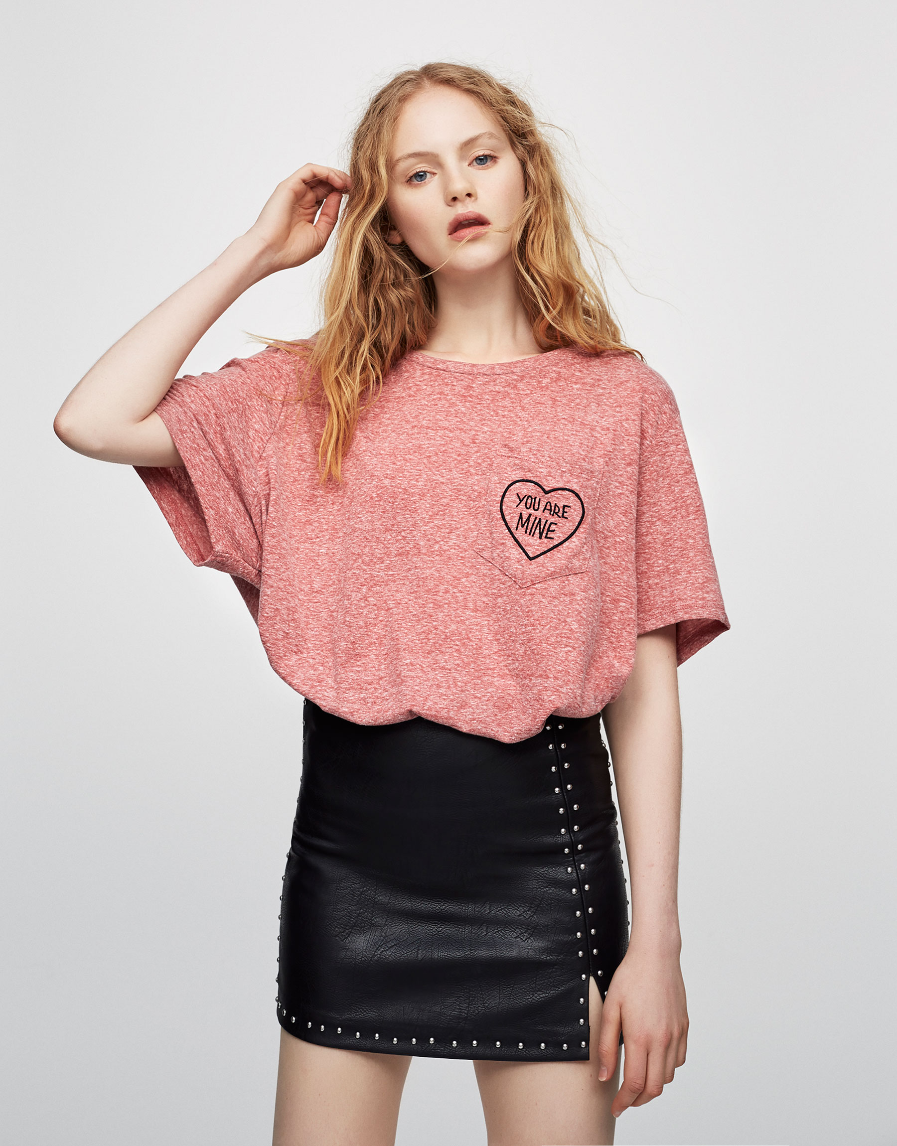 Shirt mit Brusttasche und Schriftzug