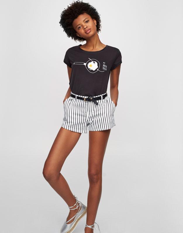 T-shirt with egg illustration
