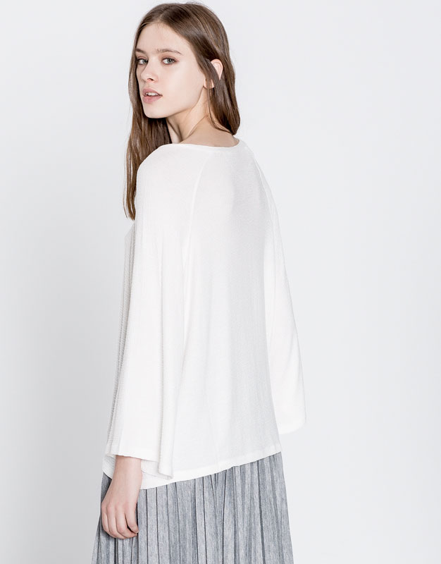 Basic wide sleeve T-shirt