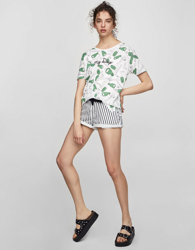 T-shirt with lamp print