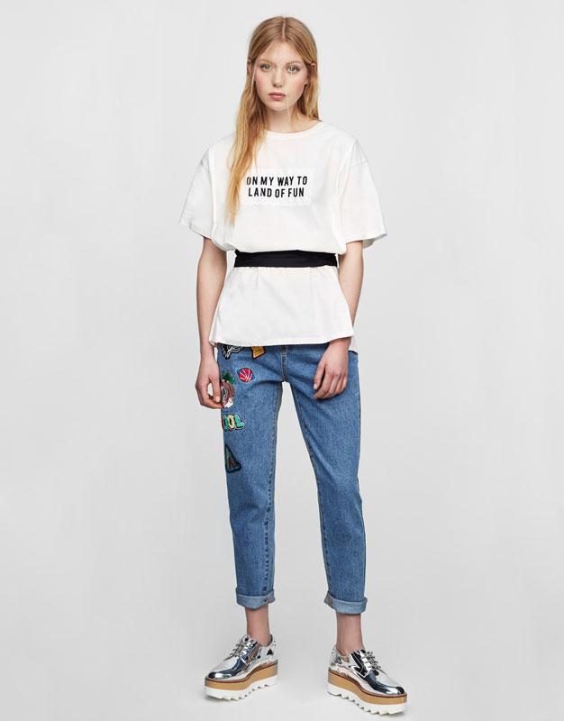 Slogan T-shirt with belt