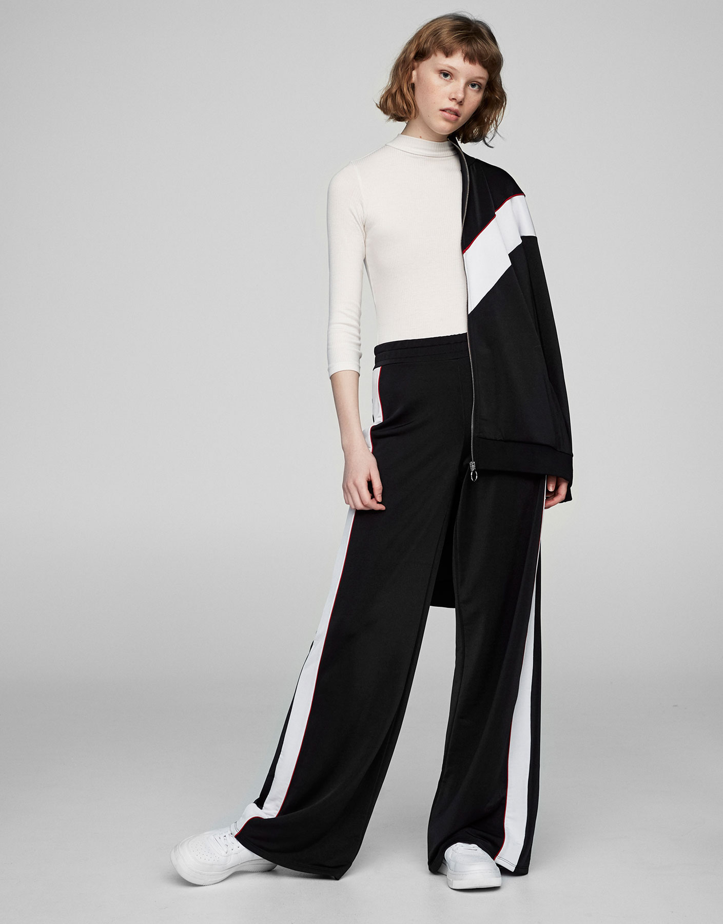 Palazzo trousers with side stripe