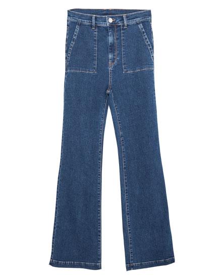 Jeans acampanado elástico bolsillo plastrón