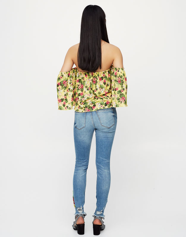 Skinny Fit embroidered jeans