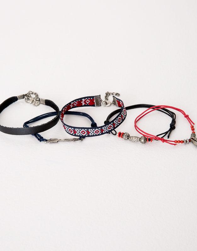 Pack of 5 assorted bracelets