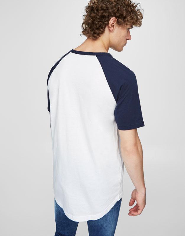 Contrasting raglan T-shirt