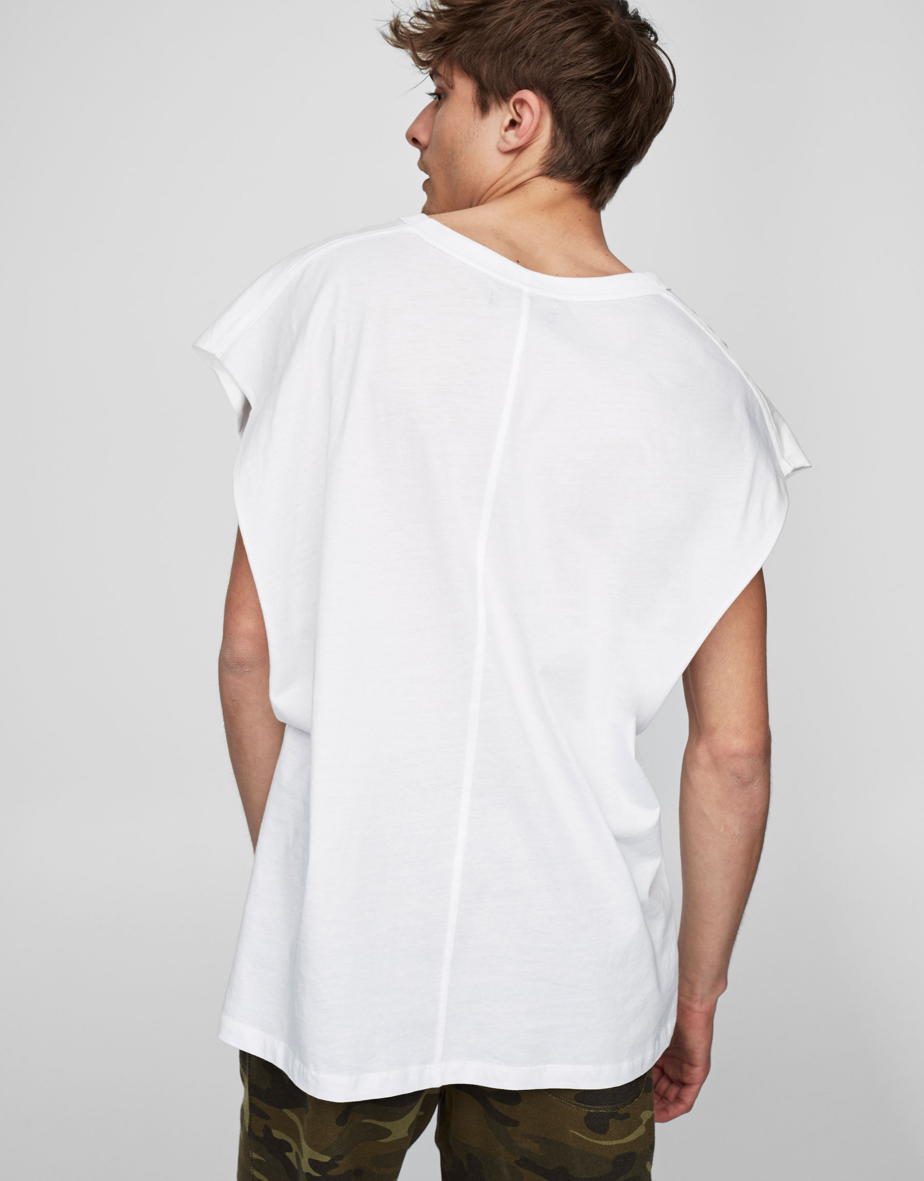 Camiseta manga escave moda
