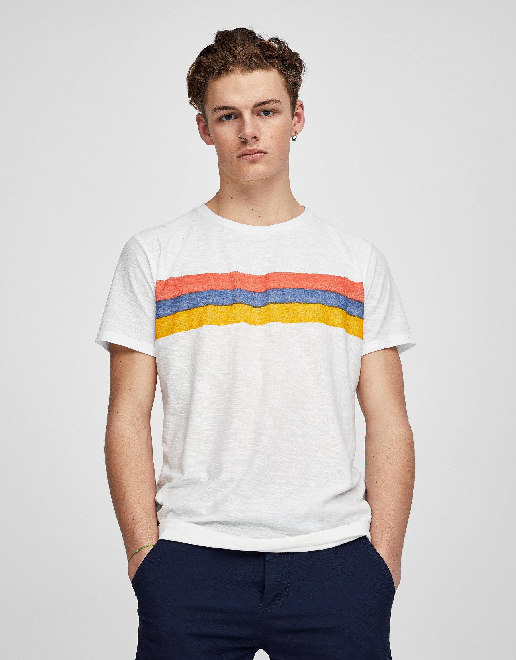 Koszulka z nadrukiem pasów