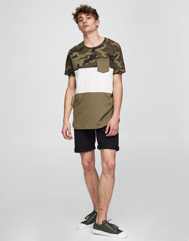 T-shirt with camouflage panels and a pocket