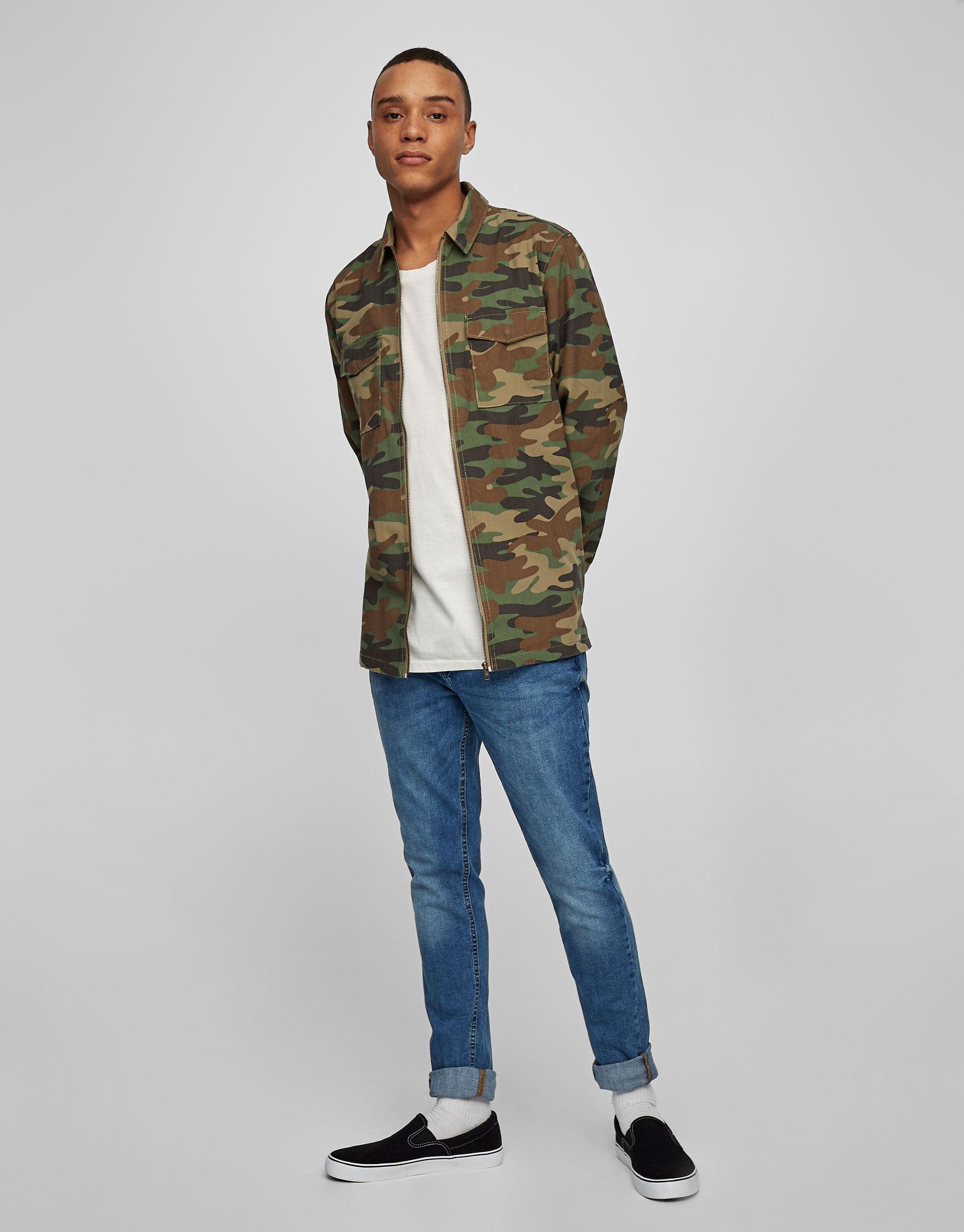 Zipped camouflage overshirt
