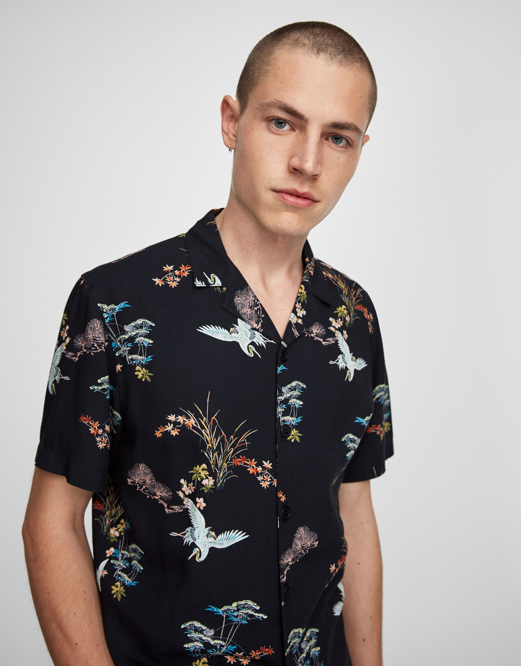 Short sleeve heron print shirt