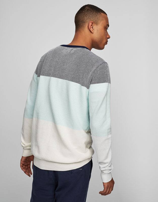 Pull col rond bandes couleur