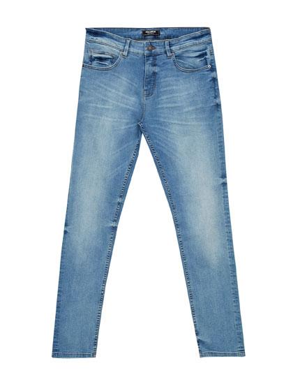 Jeans azul claro skinny big fit