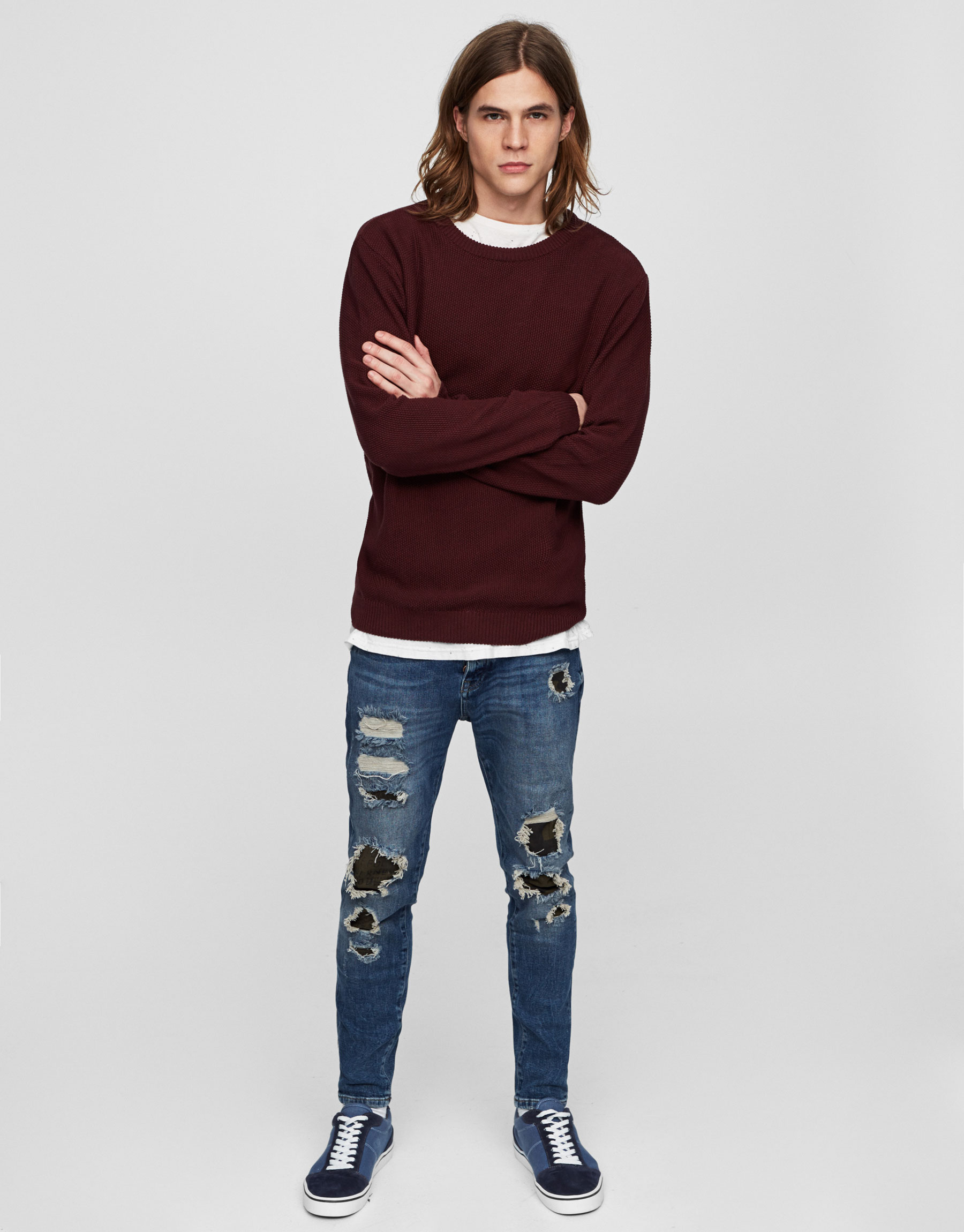 Jeans carrot fit rotos camuflaje