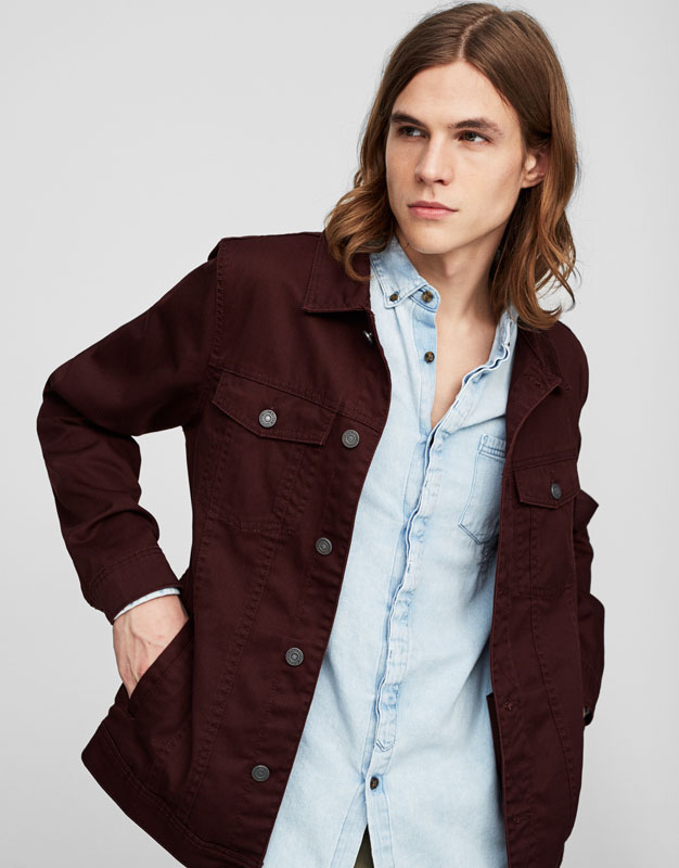 Button-up jacket with pockets