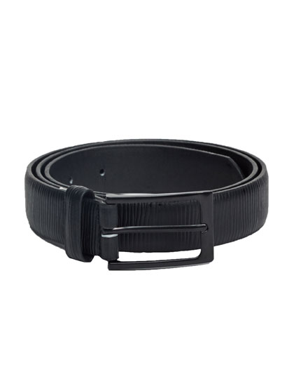 Textured black belt