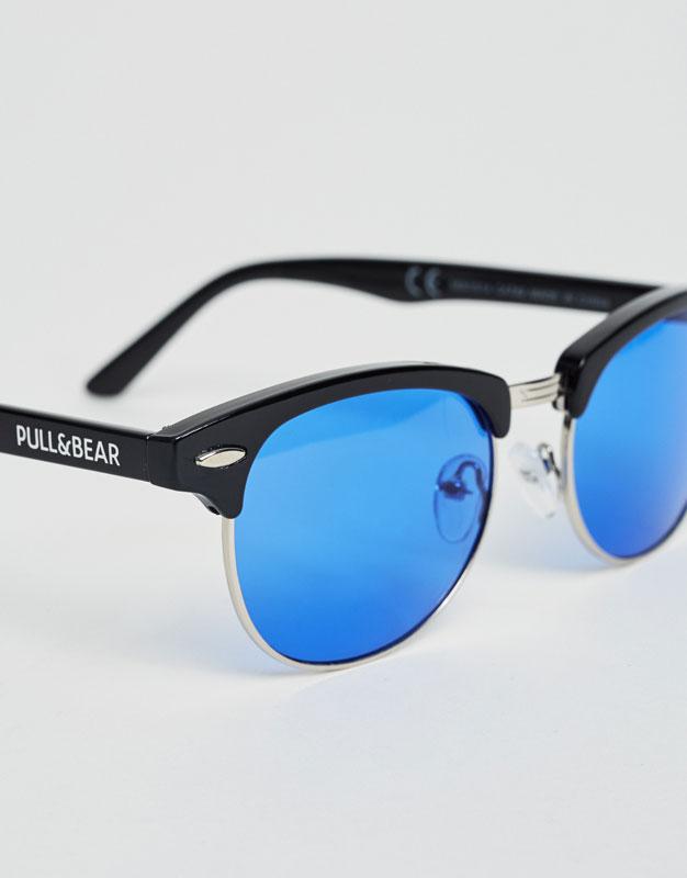 Sunglasses with blue lens and retro frame