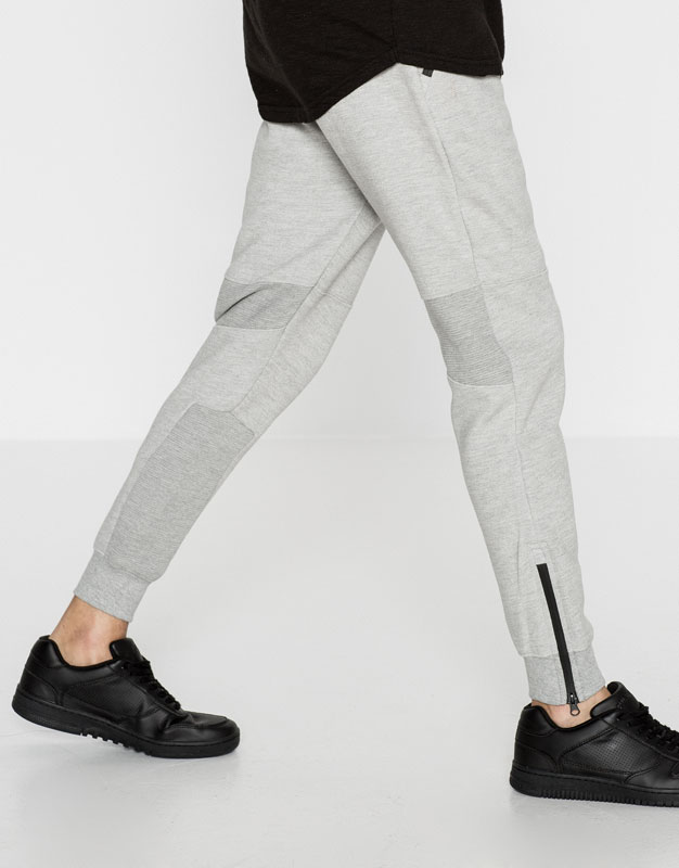 Jogging trousers with zips