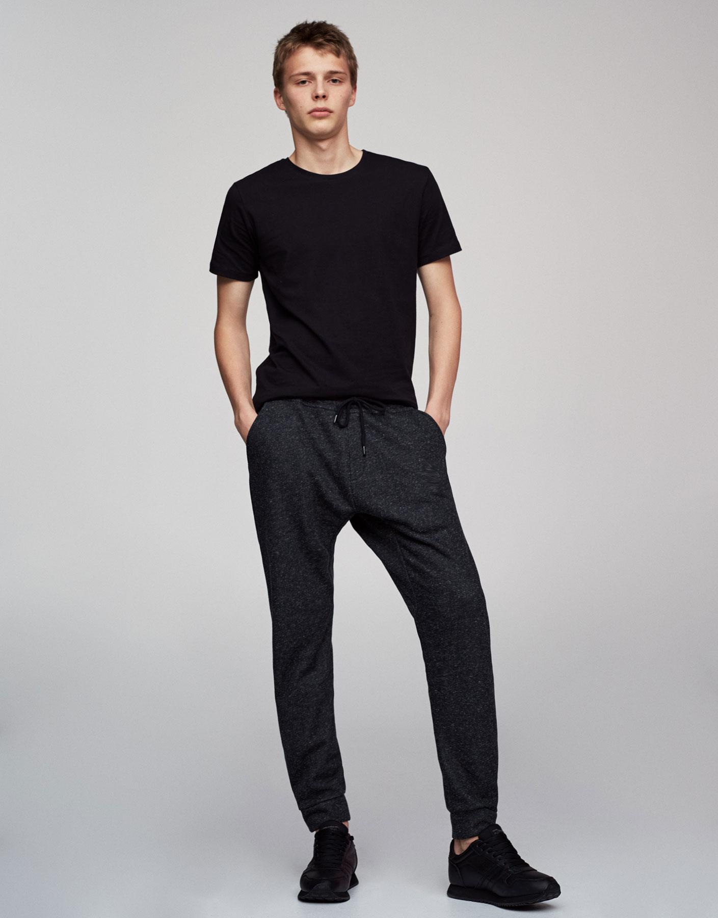 Pantalón jogging baggy negro